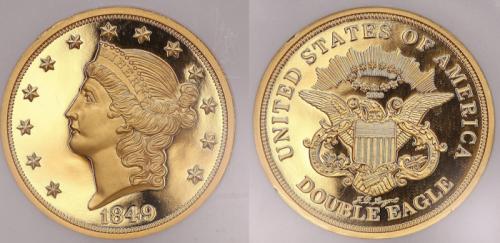 1. 20 долларов с двойным орлом, 1850 год Пожалуй, эту монету можно смело назвать самой редкой и дорогой за всю историю не только США, но и остального мира. Эта монета была выпущена всего в одном экземпляре и ознаменовала собой пробник будущих, более популярных ходовых монет, номиналом в 20 долларов и с двойным орлом на реверсе. Отчеканили эту монету в 1850 году, что крайне удачно совпало с периодом золотой лихорадки, который тогда охватил Америку, а в частности – Калифорнию. Этот единственный образец сегодня хранится в музее Смитсона, в Национальной нумизматической коллекции. Стоит отметить, что её оценивают в рекордную сумму, а именно – в 20 миллионов долларов.