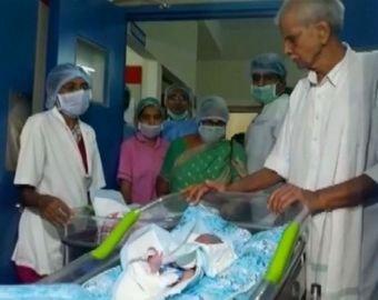 74-летняя женщина родила двойню после ЭКО