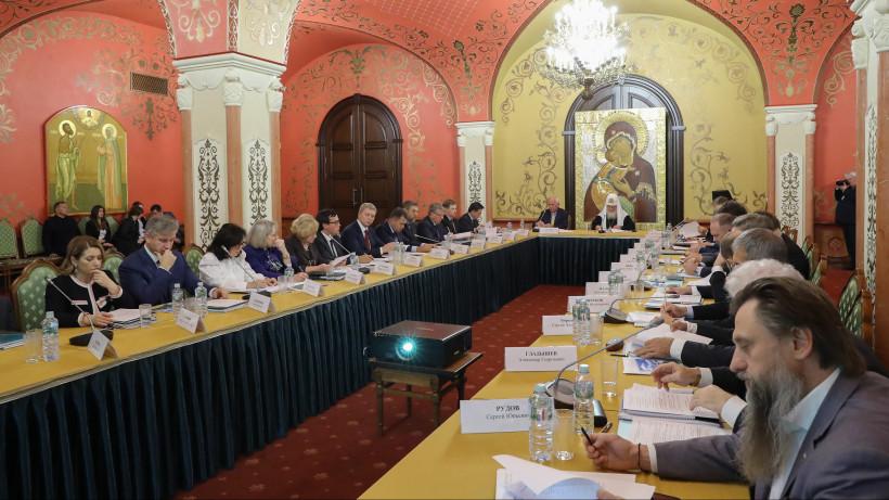 Губернатор принял участие в заседании Попечительского совета Свято-Троицкой Сергиевой лавры