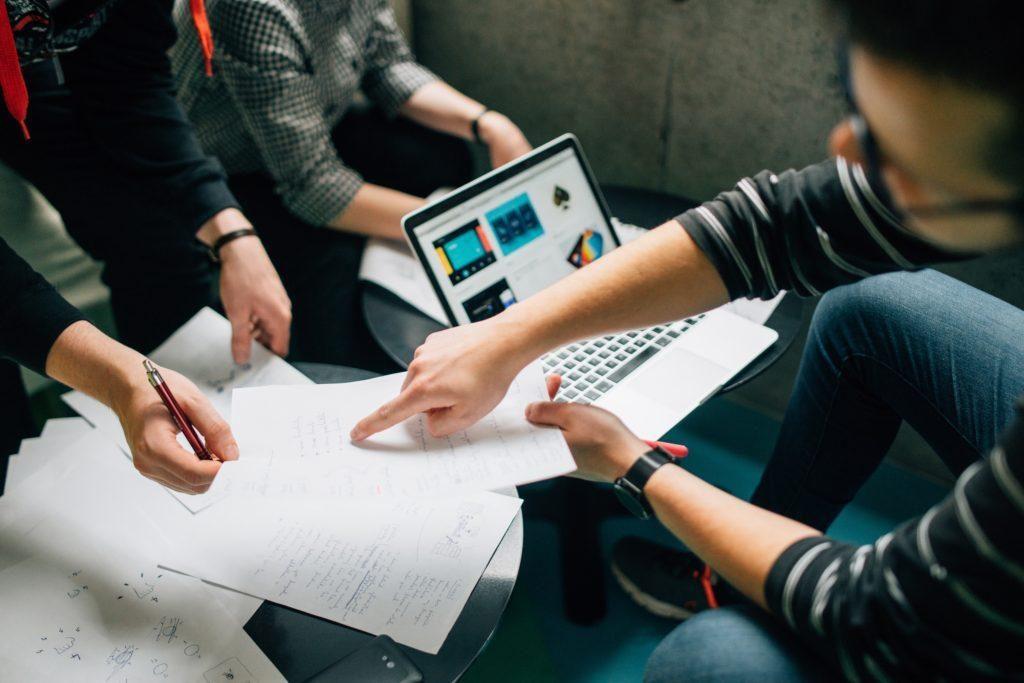 Аутсорсинг проектов: почему все предприятия должны рассматривать аутсорсинг как неотъемлемую часть бизнеса