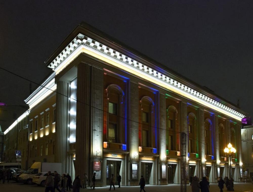 Пресс-показ спектакля «Новая квартира» в Театре имени Евгения Вахтангова