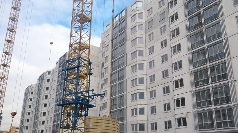 Дольщики жилого комплекса в Ленинском районе проинспектировали стройку