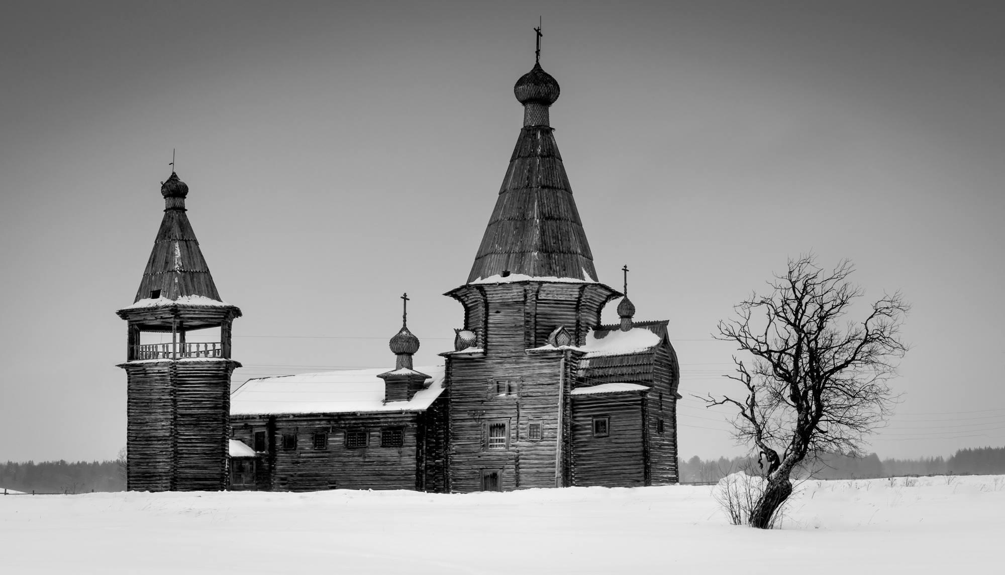 Открытие фотовыставки «Деревянные храмы Русского Севера»