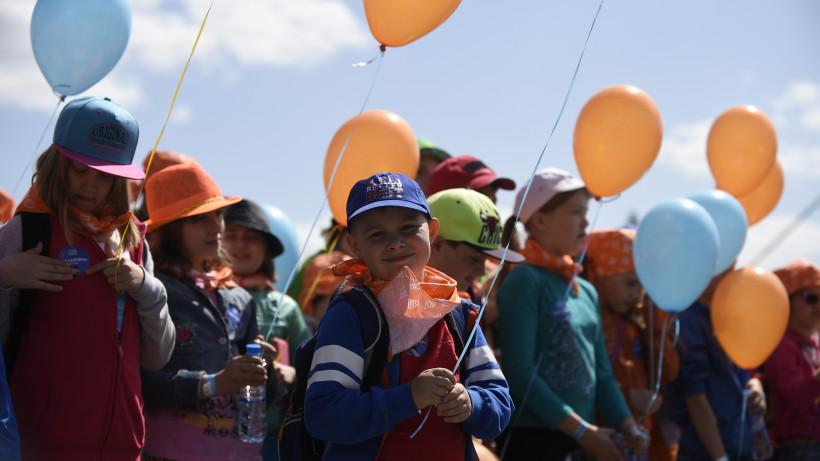 Почти 1,1 тысячи детей из Подмосковья поедут в детские лагеря Крыма 1 июня