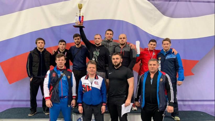 Подмосковные борцы завоевали 4 медали на всероссийских соревнованиях в Раменском