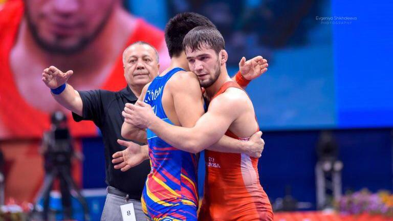 Спортсмены из Подмосковья завоевали 6 медалей на международных соревнованиях по вольной борьбе