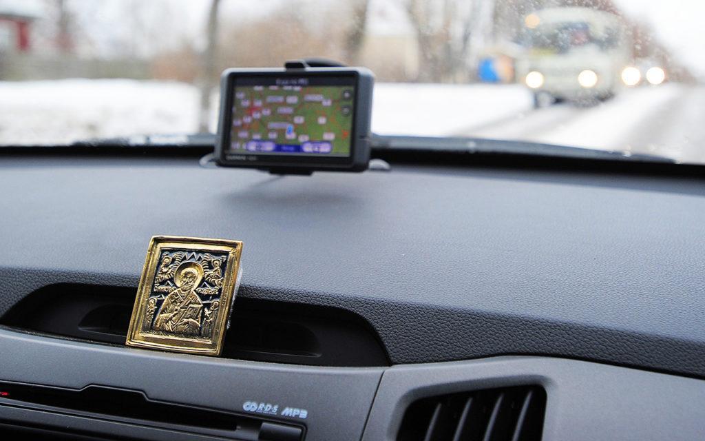 Автомобильные иконы из обсидиана