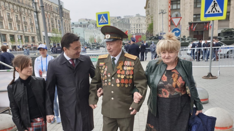 Воробьев присутствовал на военном параде в ознаменование 74-й годовщины Победы