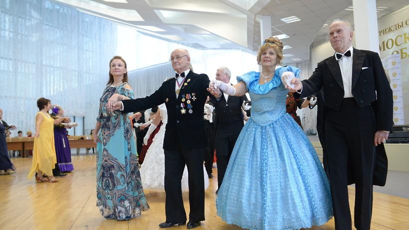 Конкурс бальных танцев среди пожилых