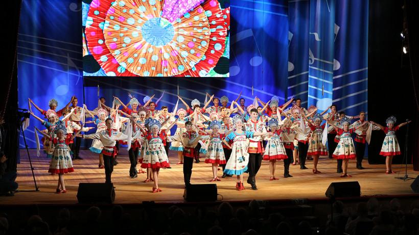 Финал конкурса хоровых коллективов в Сергиевом Посаде собрал пенсионеров из 30 регионов России