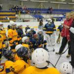 Игорь Ларионов и Михаил Васильев провели мастер-класс для юных хоккеистов