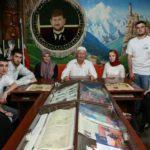 Экскурсия с участниками коллективов художественной самодеятельности в Музей им. А. Мамакаева