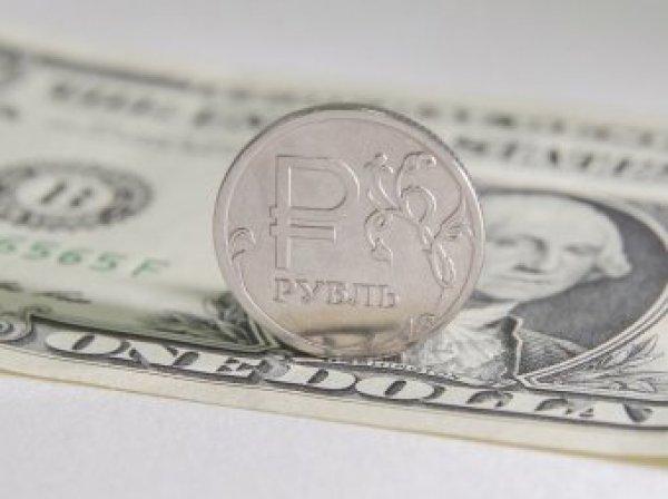Эксперты: курс рубля сохраняет интригу