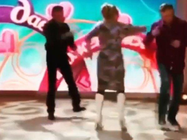 «Как это забыть?»: Харламов переключился с Гузеевой на безумных участников «Давай поженимся» (ВИДЕО)