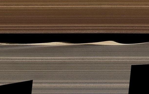 Кольца Сатурна показали изнутри на зрелищном фото