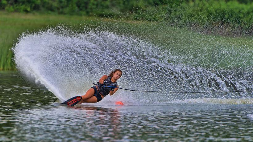 Международный турнир по воднолыжному спорту организуют на Истринском водохранилище