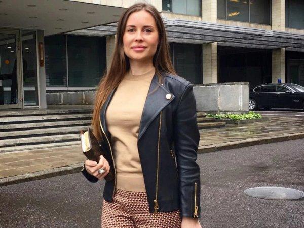 «Нет, я гучее»: звезду «Уральских пельменей» Юлию Михалкову возмутило видео Собчак о люксовых брендах