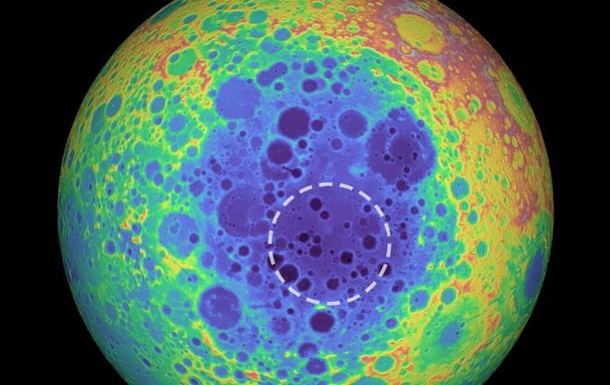 Под лунным кратером обнаружено неизвестное вещество