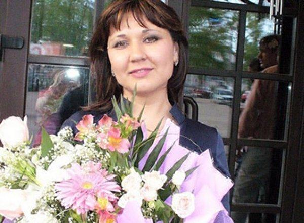 Россиянка вынесла из банка 23 млн рублей, исчезла и стала звездой соцсетей
