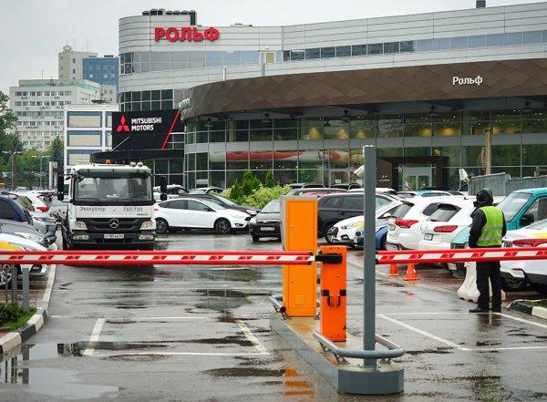 СМИ: в день обысков «Рольф» выиграл миллиардный аукцион на поставку автомобилей МВД