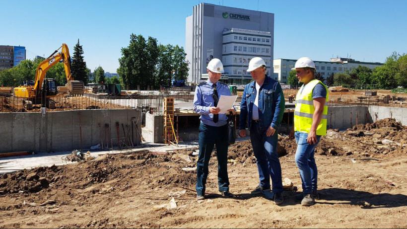 Строительство школы на 1,1 тысячи мест в Мытищах завершат в 2020 году