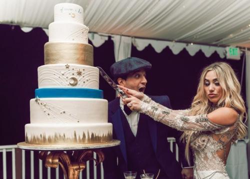 Торты на свадьбах знаменитостей, которые затмили собой все торжество