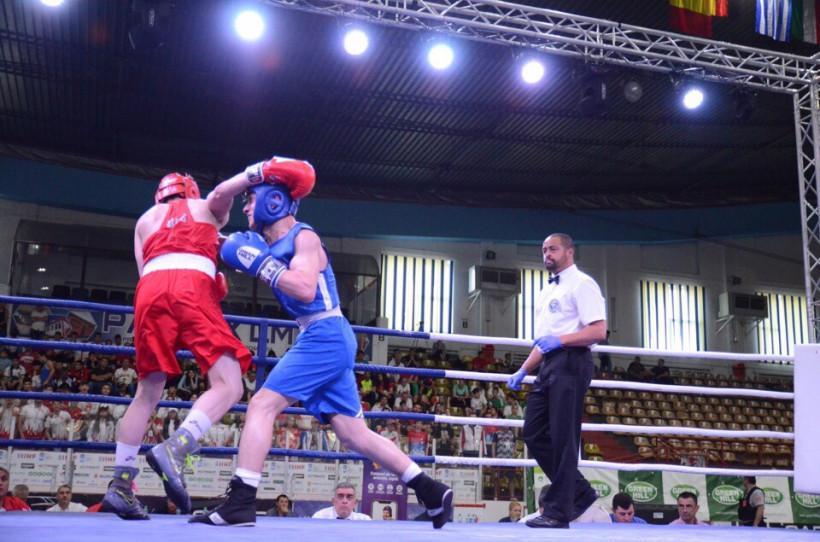 Три медали первенства Европы по боксу