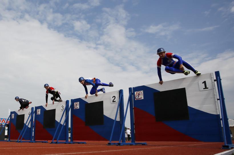 В Подольске проходят соревнования МЧС по пожарно-спасательному спорту