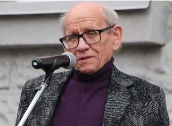 В Саратове народный артист РФ умер, свалившись в оркестровую яму