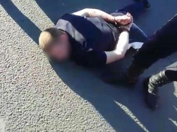 В Уфе мужчина расстрелял молодую пару в автомобиле из-за долга