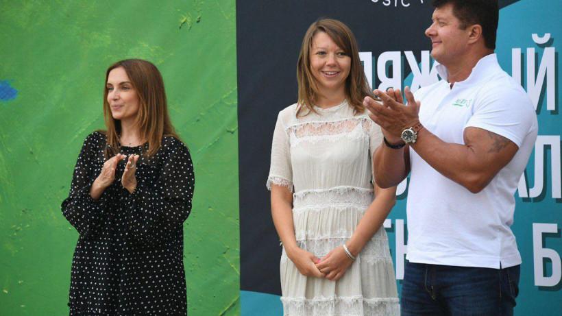 Виртуозова открыла первый пляжный фестиваль «Сенеж – берег солнца» в Солнечногорске