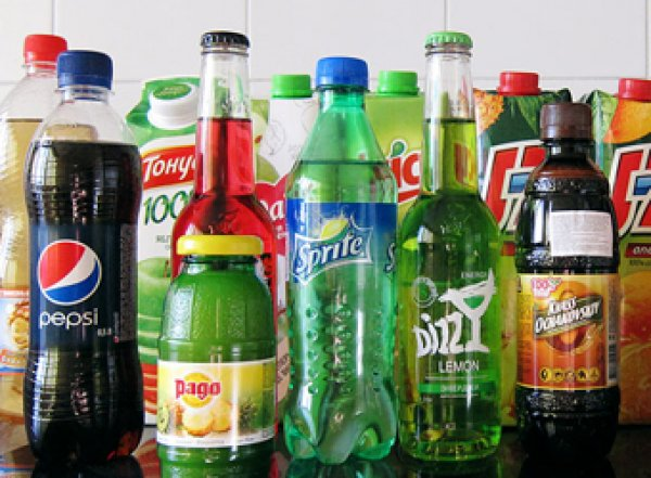Врачи назвали пять напитков, от которых стоит отказаться навсегда