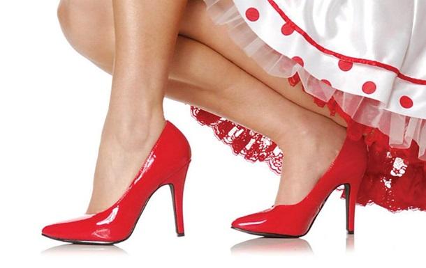 Супрун рассказала о вреде обуви на каблуках