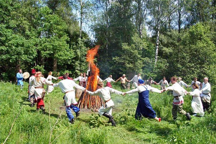 1 июля 2019 года отмечается Ярилин день или Макушка лета