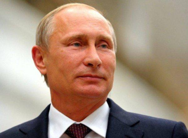 54% россиян хотели бы видеть Путина президентом после 2024 года
