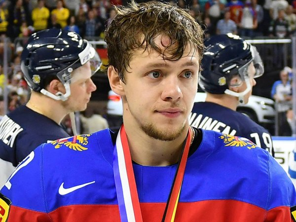 «Беззаконие. Он долго сидит»: самый дорогой хоккеист России Панарин раскритиковал Путина