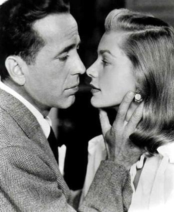 Наконец, завершив предыдущие отношения, Хамфри женился на Бэколл, которую до этого ласково называл Baby. Это случилось 21 мая 1945 года, но брак не стал помехой карьере обоих, и актеры снялись еще в нескольких фильмах вместе. В 1949-м у них родился сын, названный Стивеном в честь героя их первой киноработы. В 1952 году звездные супруги стали родителями во второй раз: на свет появилась дочь Лесли. Это была величайшая пара в истории кино: они не соперничали, не скандалили, а просто любили друг друга на глазах всего мира.