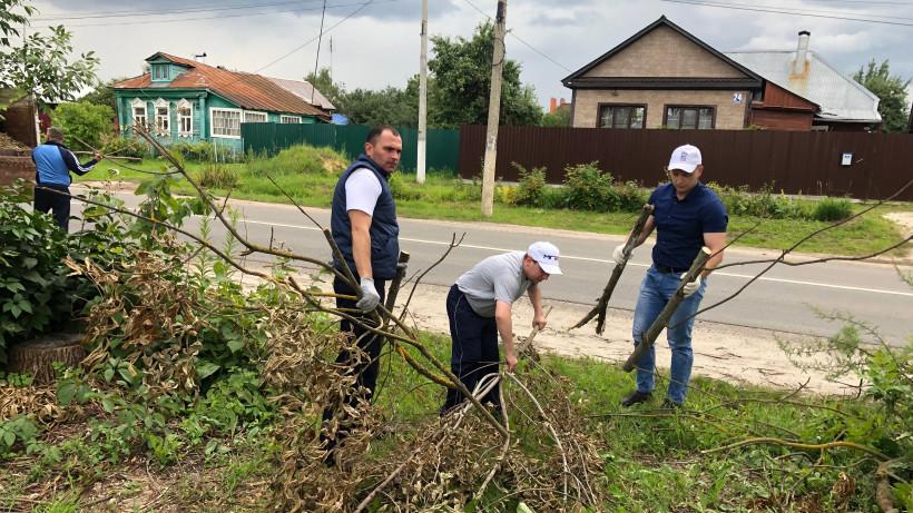 Госадмтехнадзор и добровольцы проложили «Тропинку к дому» ветерана в Егорьевске