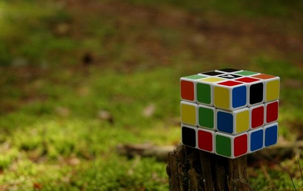 Нейросеть научилась собирать кубик Рубика за 20 ходов