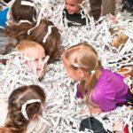 Развлекательное мероприятие «Бумажный бум»