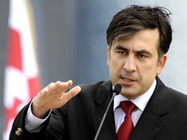 Саакашвили назвал Путина играющим с Грузией котом