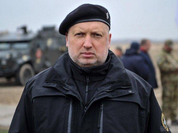Турчинов пригрозил уничтожить Крымский мост за пару минут