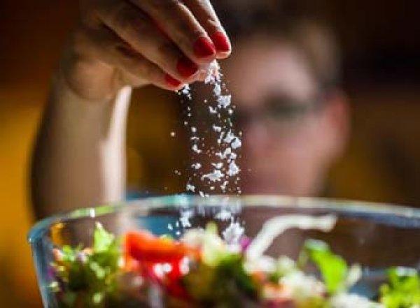 Ученые назвали 15 пищевых привычек, сокращающих жизнь