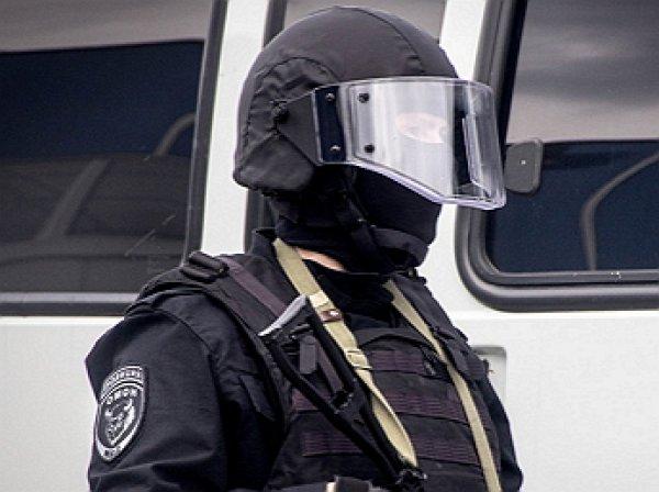 В Петербурге задержали двух росгвардейцев по подозрению в подбросе наркотиков и вымогательстве