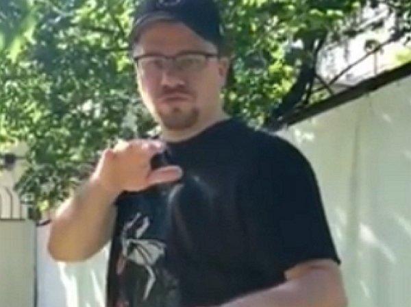 «Жан Дог Ван Бульдог»: Гарик Харламов бросил на видео вызов Джейсону Стетхему, «взорвав» Сеть