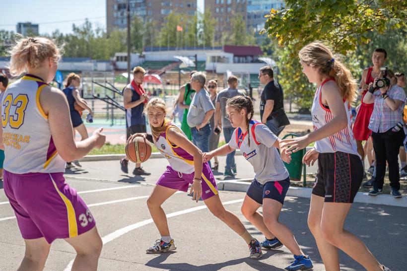 1500 человек соберет баскетбольный «Оранжевый мяч» в рамках Дня физкультурника в Подмосковье