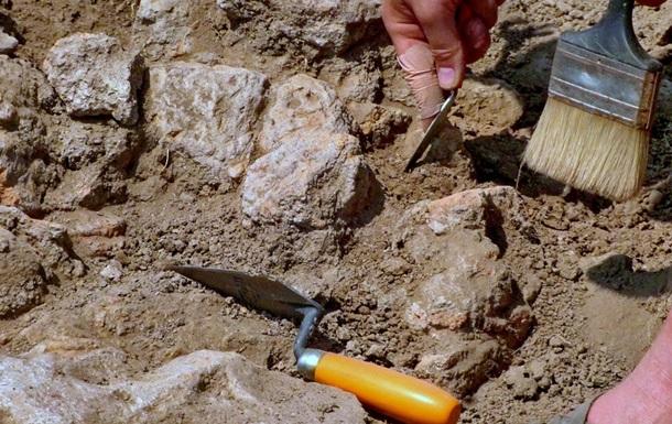 Археологи нашли в Крыму захоронения III века до нашей эры