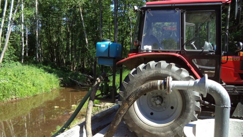 Более 3,3 тыс. «кубов» воды закачали на гидросооружения для обводнения торфяников Подмосковья