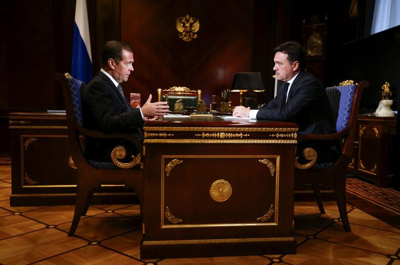 Дмитрий Медведев провел рабочую встречу с Андреем Воробьевым