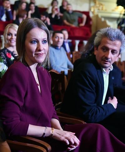 Интернет-СМИ приписывают Ксении Собчак беременность